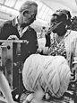 Bundesarchiv Bild 183-1984-0720-014, Leipzig, Gastarbeiterin aus Mosambik.jpg