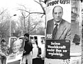 Bundesarchiv Bild 183-1990-1120-308, Cottbus, Wahlplakate.jpg