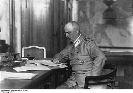 Ludendorff in his study at the General Headquarters Bundesarchiv Bild 183-1992-0707-500, Erich Ludendorff.jpg