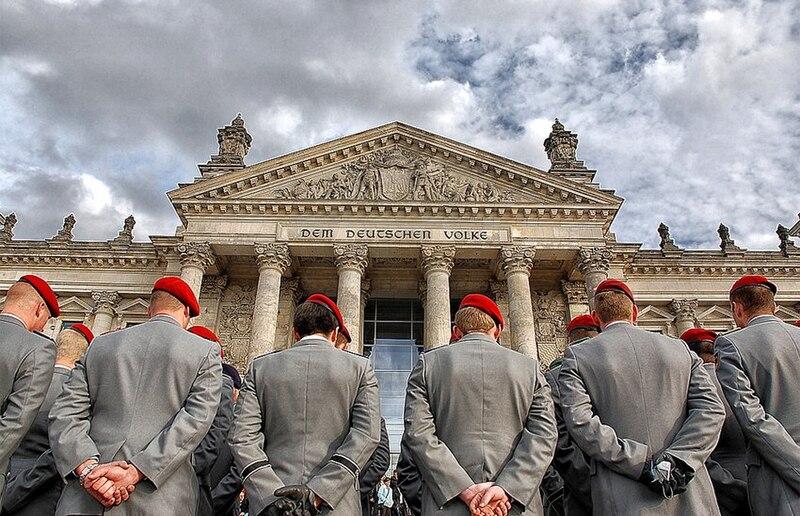 File:Bundeswehr Reichstag Dem Deutschen Volke.jpg