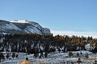 Bunsen Peak - Image: Bunsen Peak From Tower Road YNP2009