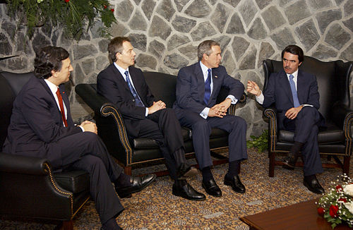 Jose Manuel Durao Barroso, Tony Blair, George W. Bush and Jose Maria Aznar on 16 March 2003 Bush, Barroso, Blair, Aznar at Azores.jpg