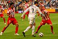 C.Ronaldo face à Antonio Luna Rodríguez et Fabián Vargas.jpg