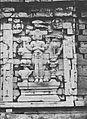 COLLECTIE TROPENMUSEUM Reliëf op de Candi Srikandi één van de tempels op het tempelcomplex Candi Arjuna op het Dijeng-plateau TMnr 60037381.jpg