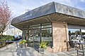 Cafe Crema, West Vancouver (25328125077).jpg
