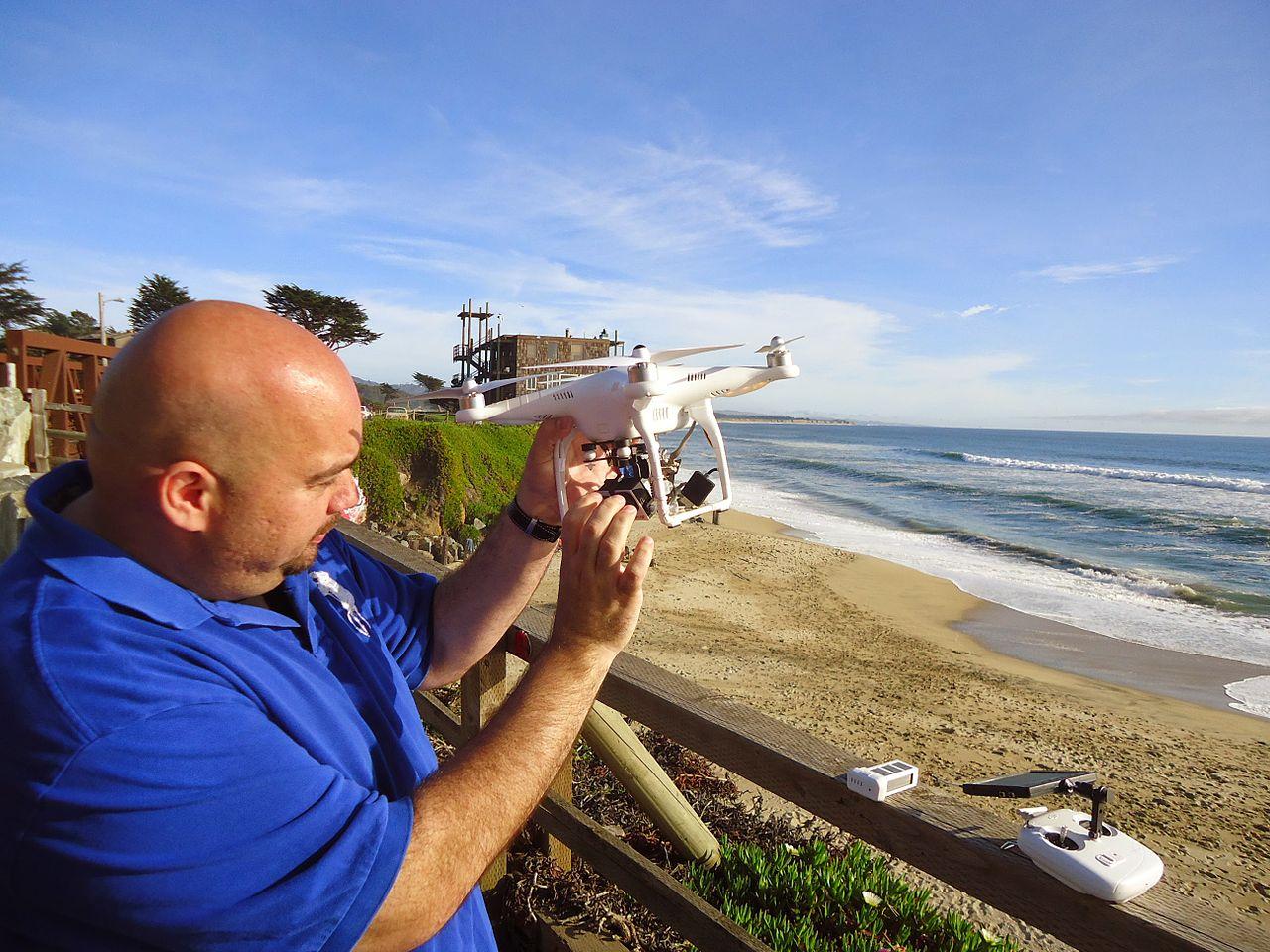 Drone Pilots No Longer Have to Register