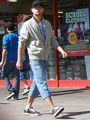 Capri pants - Man in cropped jeans (Stevenage, 2009)