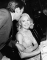 Carroll Baker w Laurence Harvey.png