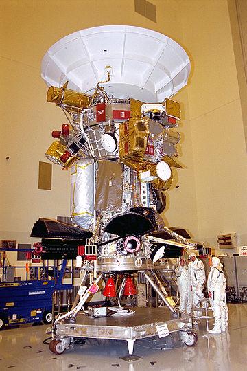 https://upload.wikimedia.org/wikipedia/commons/thumb/6/61/Cassini_assembly.jpg/360px-Cassini_assembly.jpg