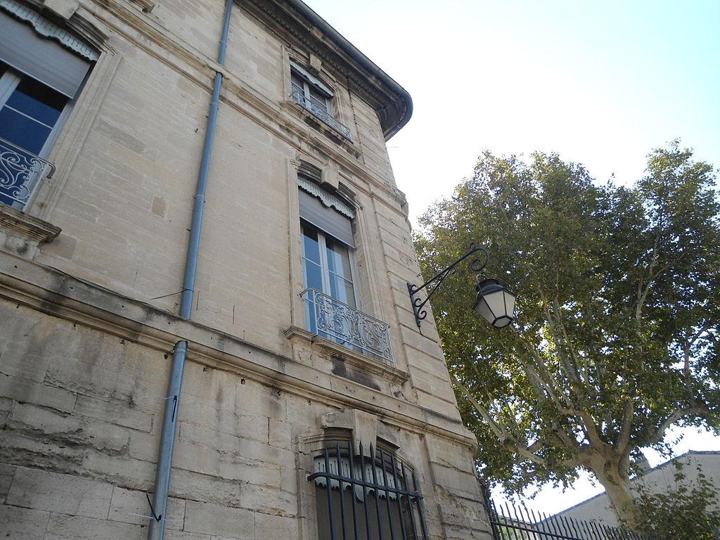 L Artisan French Bakery Cafe