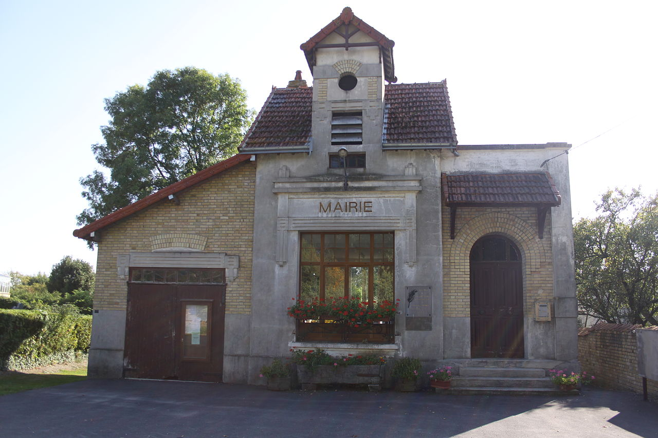 Chardeny (08 Ardennes) - la Mairie - Photo Francis Neuvens lesardennesvuesdusol.fotoloft.fr.JPG