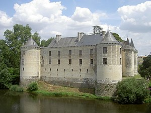 Château de la Guerche - Château de la Guerche along the Creuse River