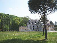 Chateau acquigny.jpg