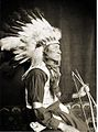 Chief Lone Bear, Headdress, Kasebier, 1898.jpg