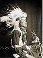 Chief Lone Bear, Headdress, Kasebier, 1898.jpg