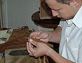 Cigar maker 06.jpg