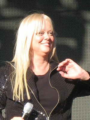 Cindy Wilson - Lovebox Festival July 2007