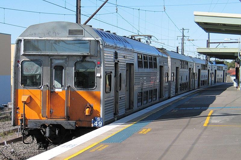 S Set train