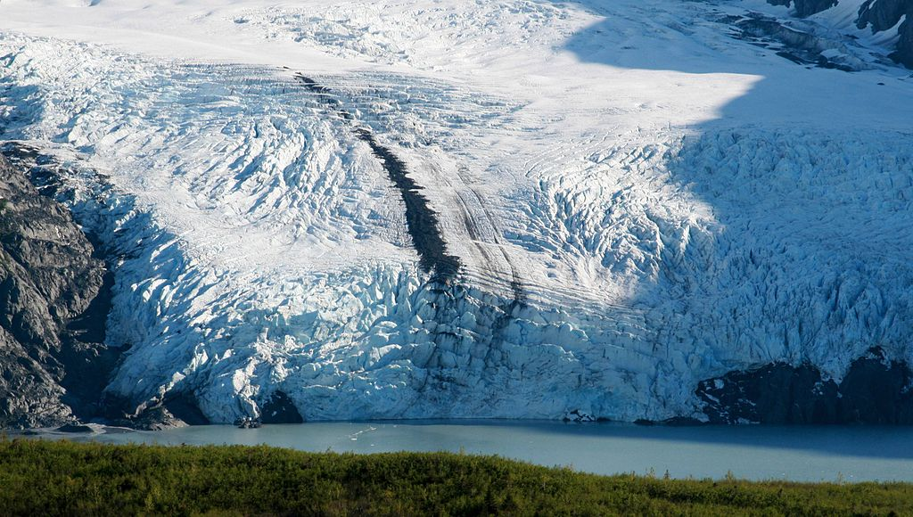 Close-up of Portage Glacier.jpg