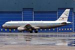 Condor (Retro livery), D-AICA, Airbus A320-212 (23866879335).jpg