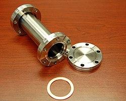 Vacuum flange - Wikipedia
