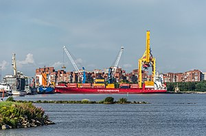 Container ship in Kronstadt.jpg