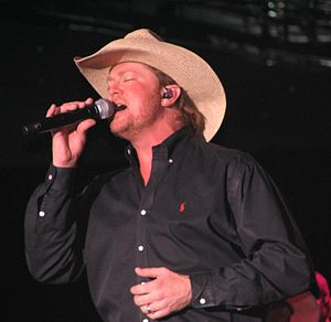 Tracy Lawrence - Image: Country Singer Tracy Lawrence