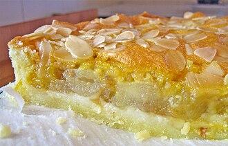 Infobox - Apple crostata with slivered almonds