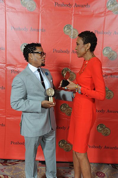 File:D.L. Hughley and Robin Roberts (8896300384).jpg