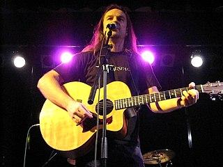 Damian Wilson British singer