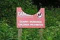 Danger sign - geograph.org.uk - 872132.jpg