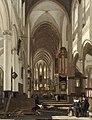 De Witte - Intérieur d'église - v. 1669 - Louvre R. F. 2004-5.jpg