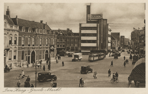 Jan Buijs - Mid-1930s view of the Grote Markt in The Hague with Jan Buijs' De Volharding Building (1928)