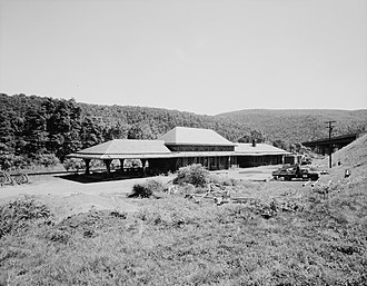 Delaware Water Gap (DL&W station) - Image: Delaware, Lackawanna and Western Railroad Water Gap Station