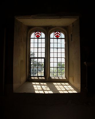 Denchworth - St James' parish church: late medieval south window of the south transept