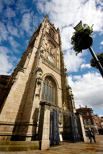 File:Derby Cathedral - June 2008.jpg