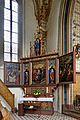 Die Bergkirche, linker Seitenaltar.jpg