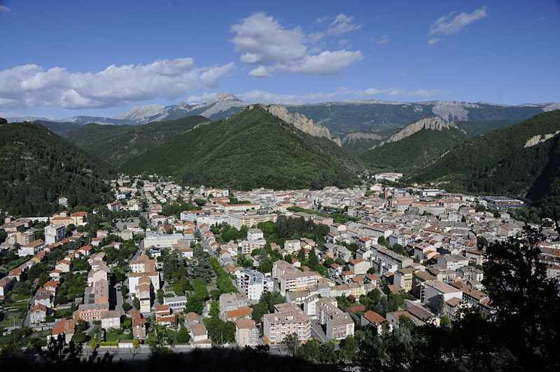 [Image: 800px-Digne-les-Bains_05.JPG]