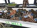 Direct sales of fish on the port of Capbreton.jpg