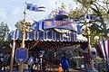 Disneyland - 40369338423.jpg