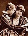 Dorothy Gish & Mary Gish.jpg