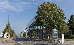 H-Bahn - Image: Dortmund, der H Bahn halte Technologiezentrum foto 3 2015 09 12 15.31