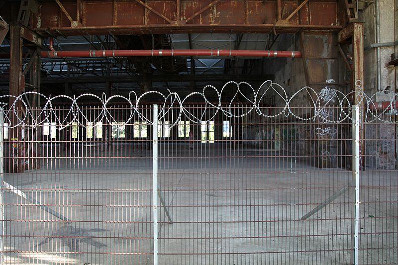 File:Dortmund - PW-Phoenixplatz - Schalthaus101 09 ies.jpg