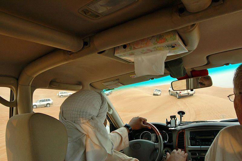 File:Dune bashing, Dubai, 2007 (03).JPG