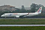 EC-KRJ Embraer 195 Air Europa OPO.jpg