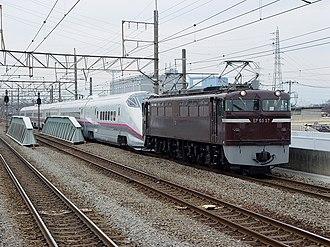 JNR Class EF65 - Image: EF6557 E3 series R24 Niiza 20050320