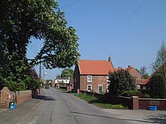 East Lound - geograph.org.uk - 170927.jpg