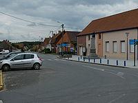Ecques - Place.JPG