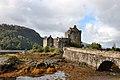 Eilean Donan Castle (38560624696).jpg