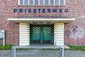 Eingangsgebäude des S-Bahnhofs Priesterweg 20151229 93.jpg